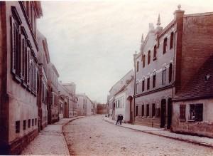Calbesche Straße mit altem   Gemeindeamt